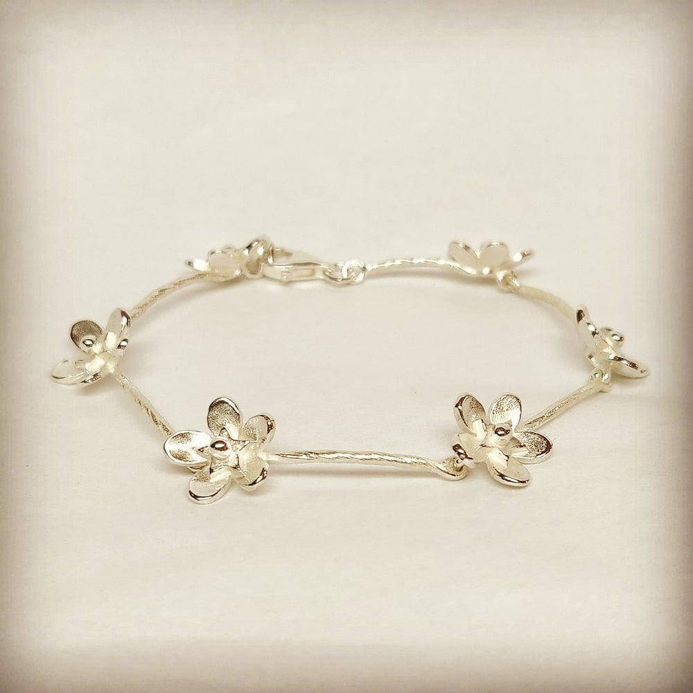 Beeld van Big Forget-me-not bracelet