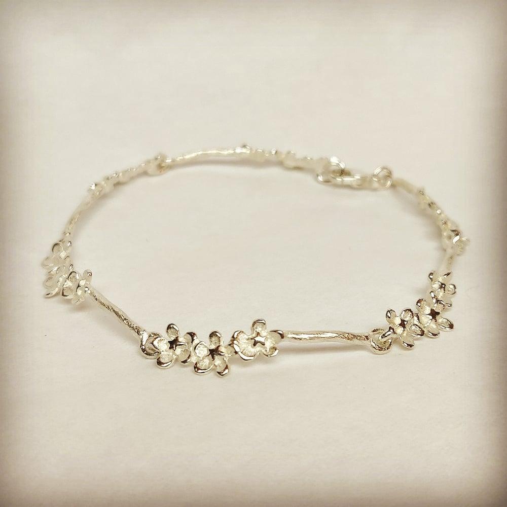 Beeld van Small Forget-me-not bracelet