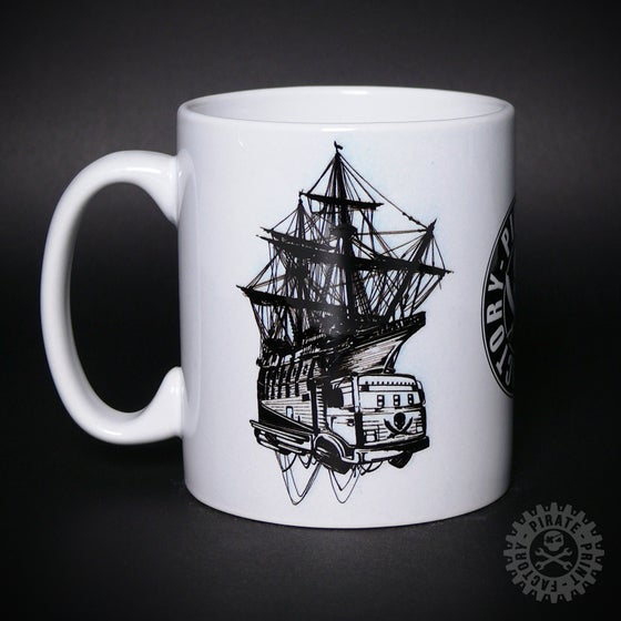 Image of MUG PIRATE BOAT