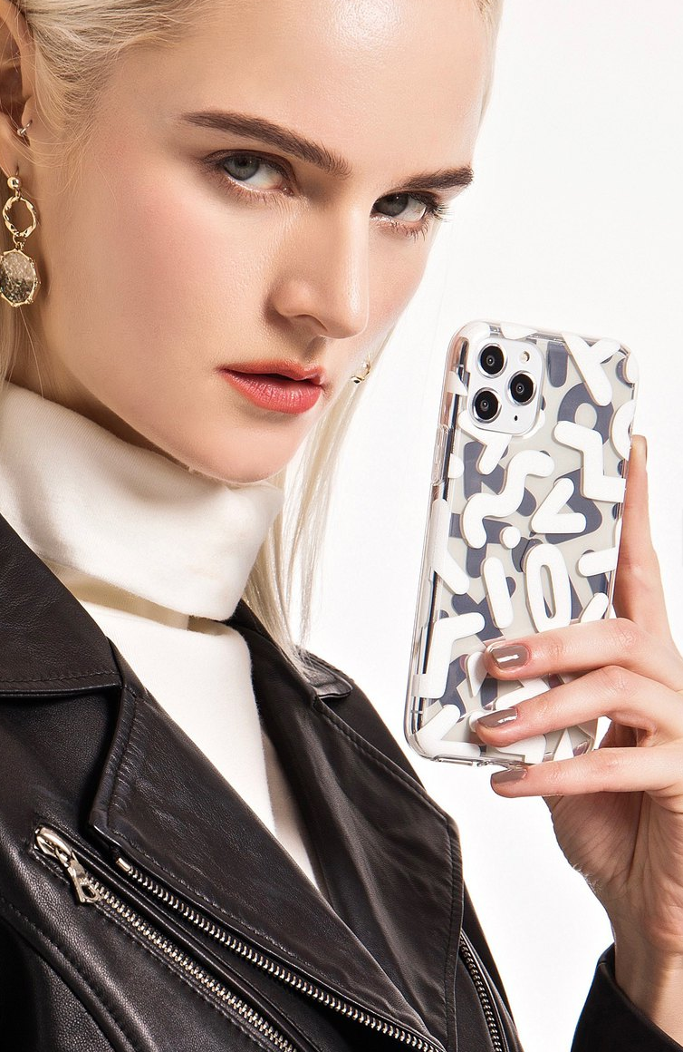Image of Pop Silver Iphone 11 cover