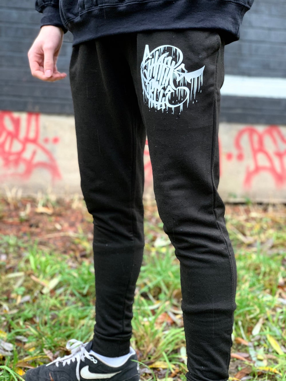 Sharks Circle - Shark Fin Tapered Joggers