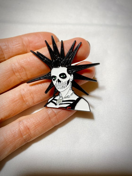 Image of ERIN PUNK GIRL SKULL Enamel Pin