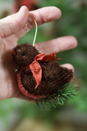 Christmas Robin KIT ~ A tree ornament ~ mohair