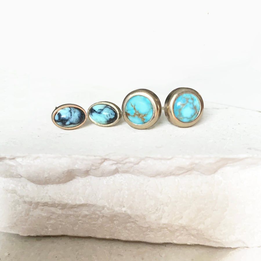 Image of New Lander Oval Earrings - Studs