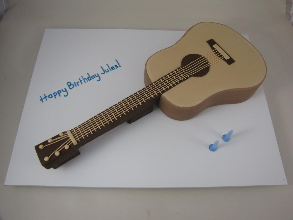 Image of Guitar Cake