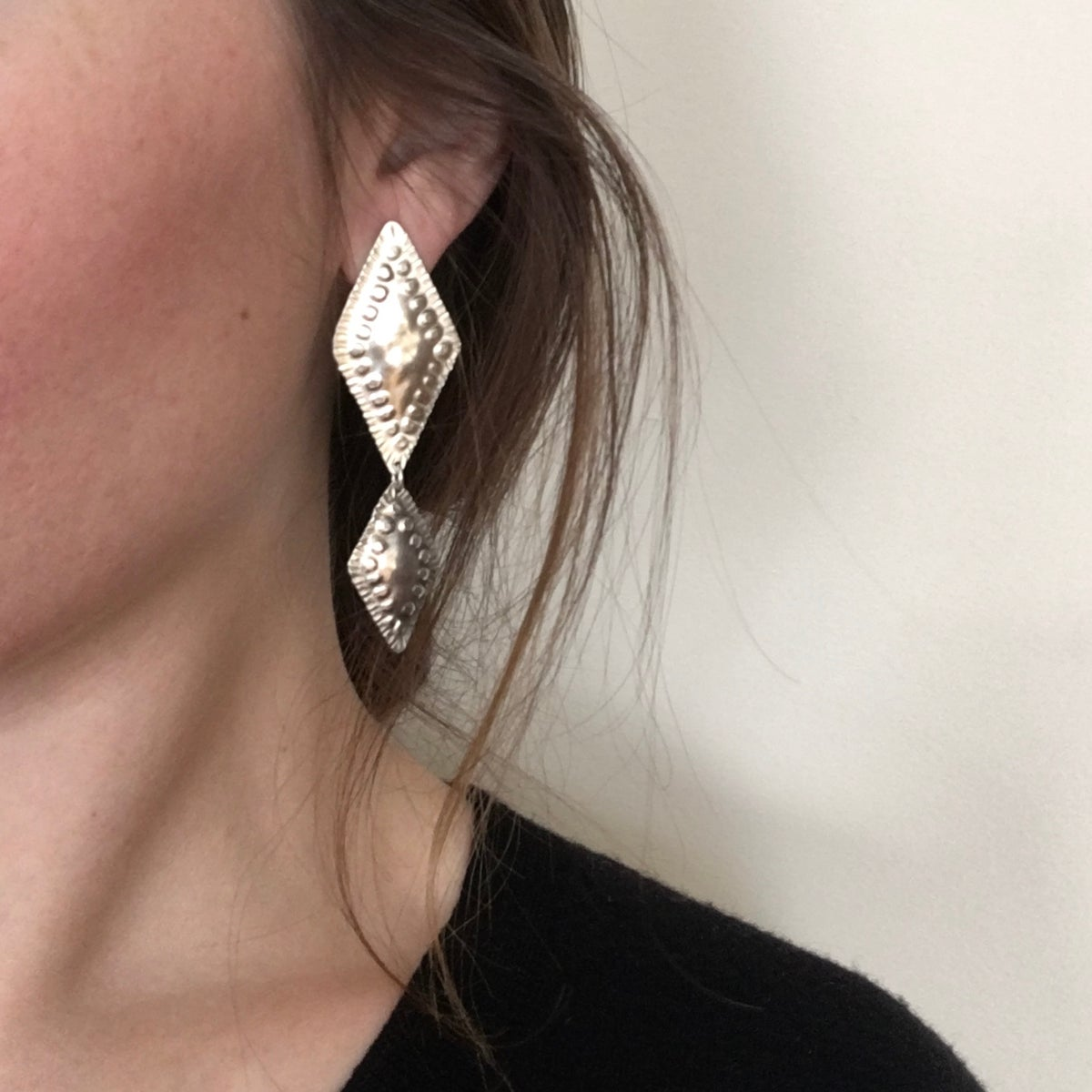 Image of skirr earring