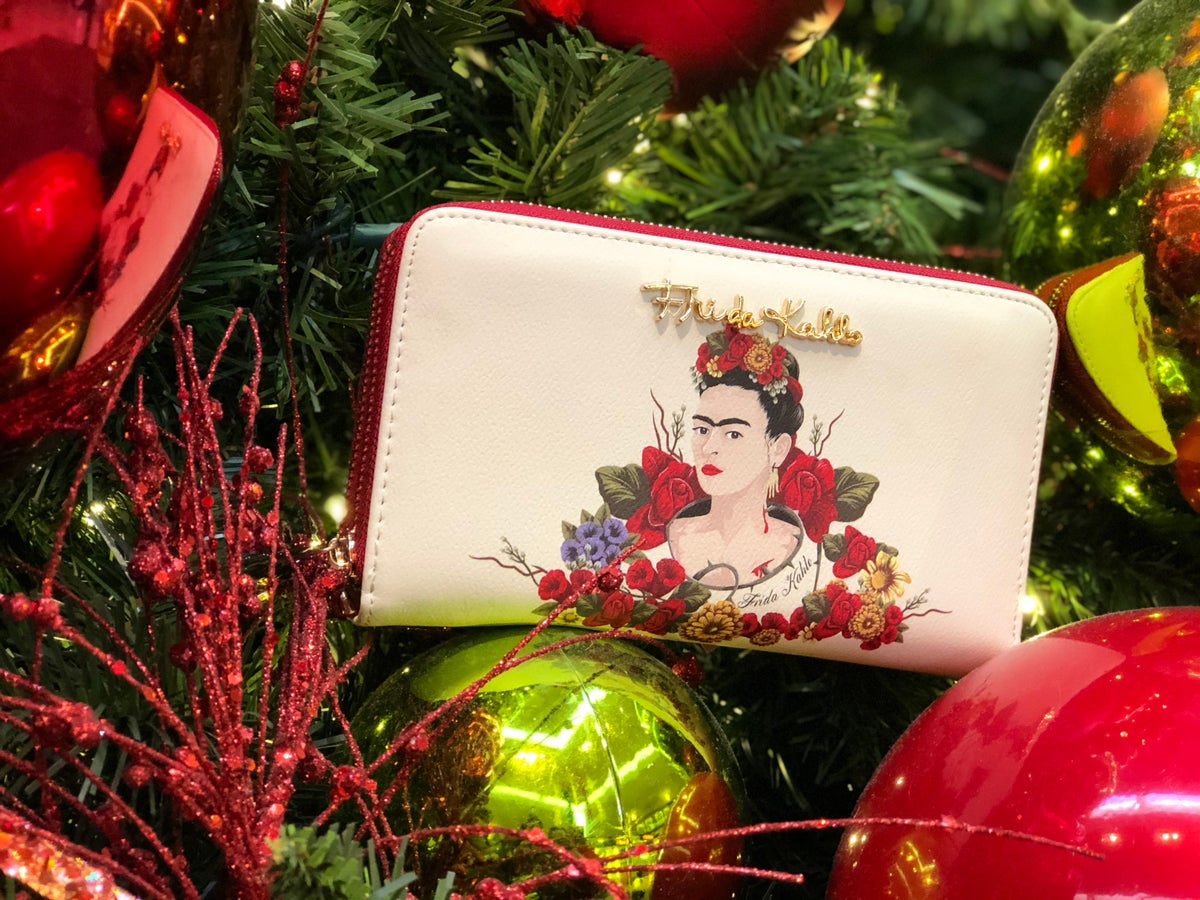 Image of Flor Double Wristlet Wallet Off White