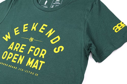 "Image of AGGRO BRAND ""WEEKENDS"" Women's T-Shirt"