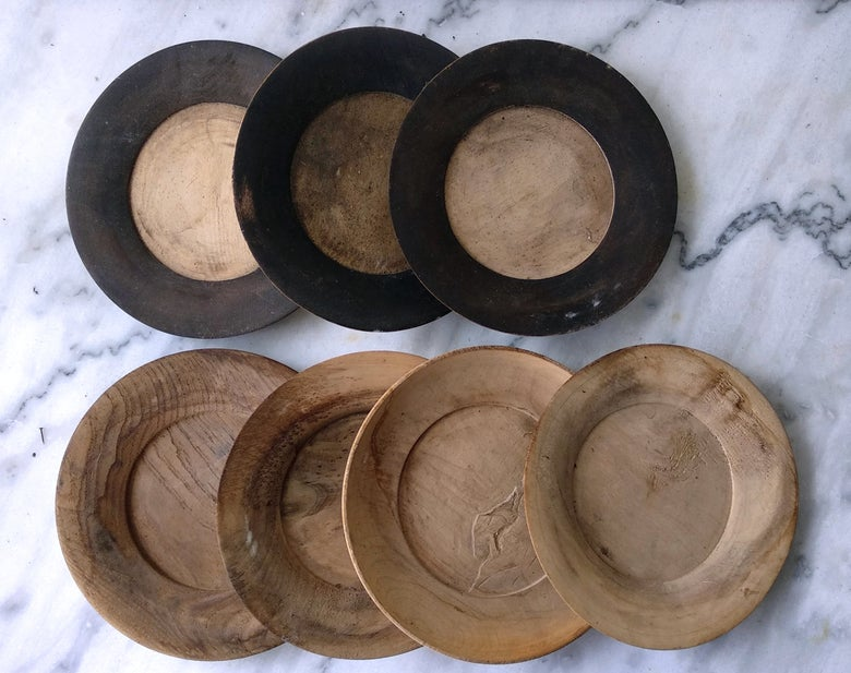Image of Assiettes en bois tourné des Bauges XIXe.