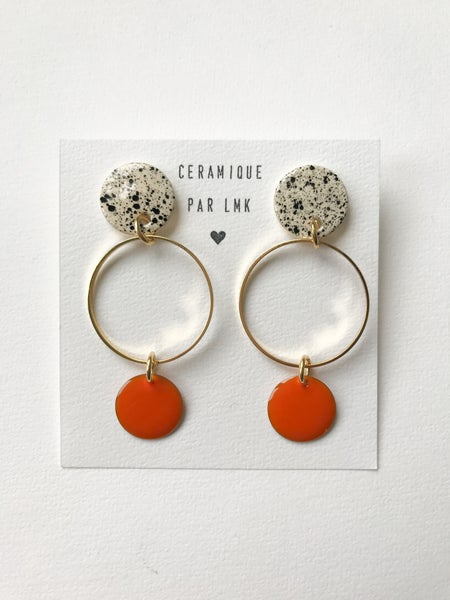 Image of Paire de boucles d'oreilles MELANGA splash noir et goutte orange