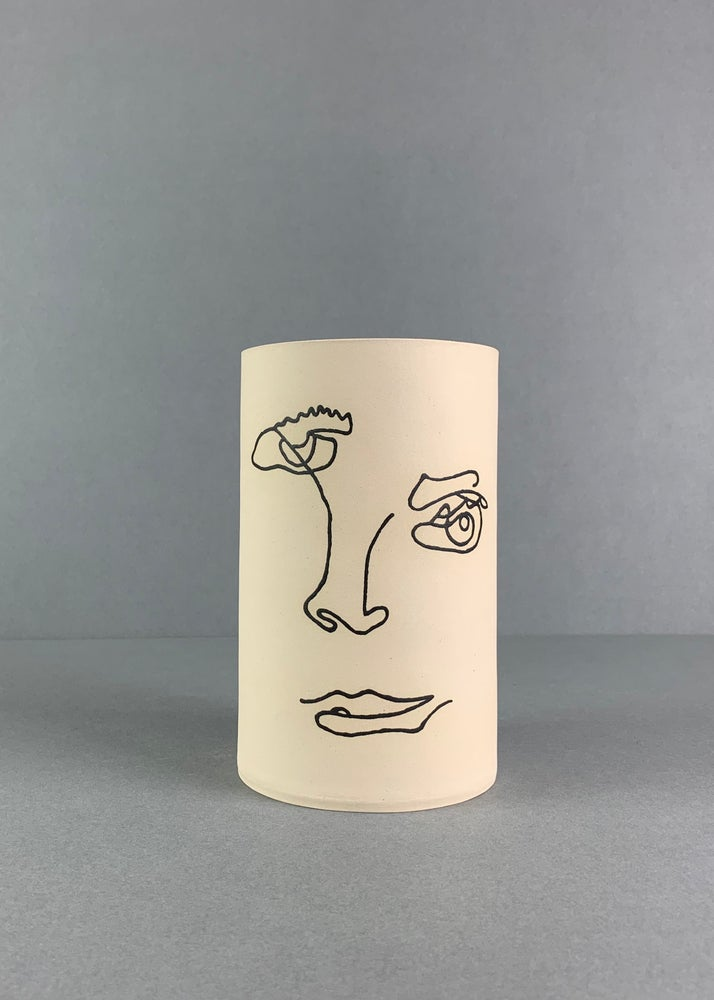 Image of Large Face Vase Cream (Made to order)
