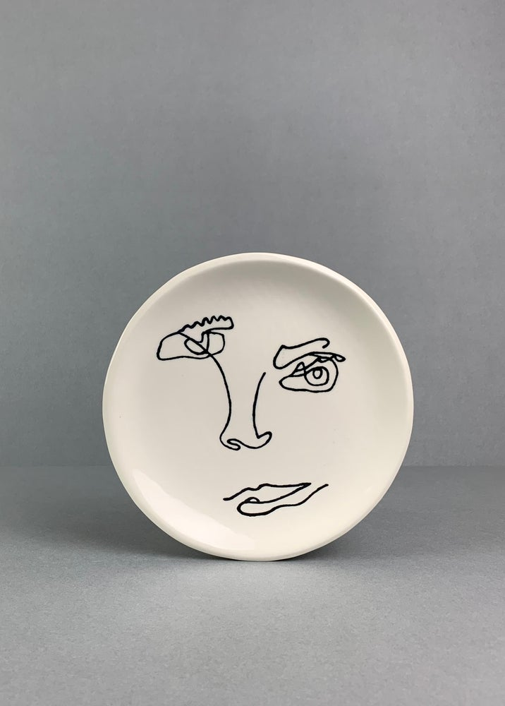 Image of Small Face Plate White