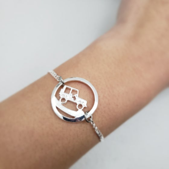 Image of Uphill Climb Sterling Silver JEEP Bracelet