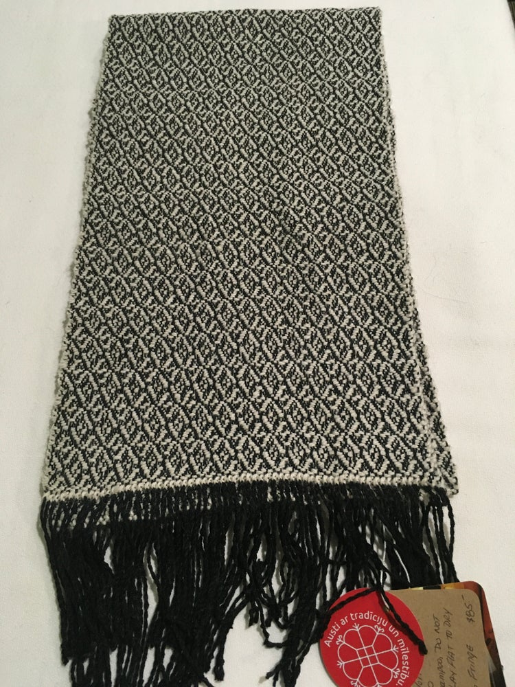 Image of Broken Diamonds Scarf
