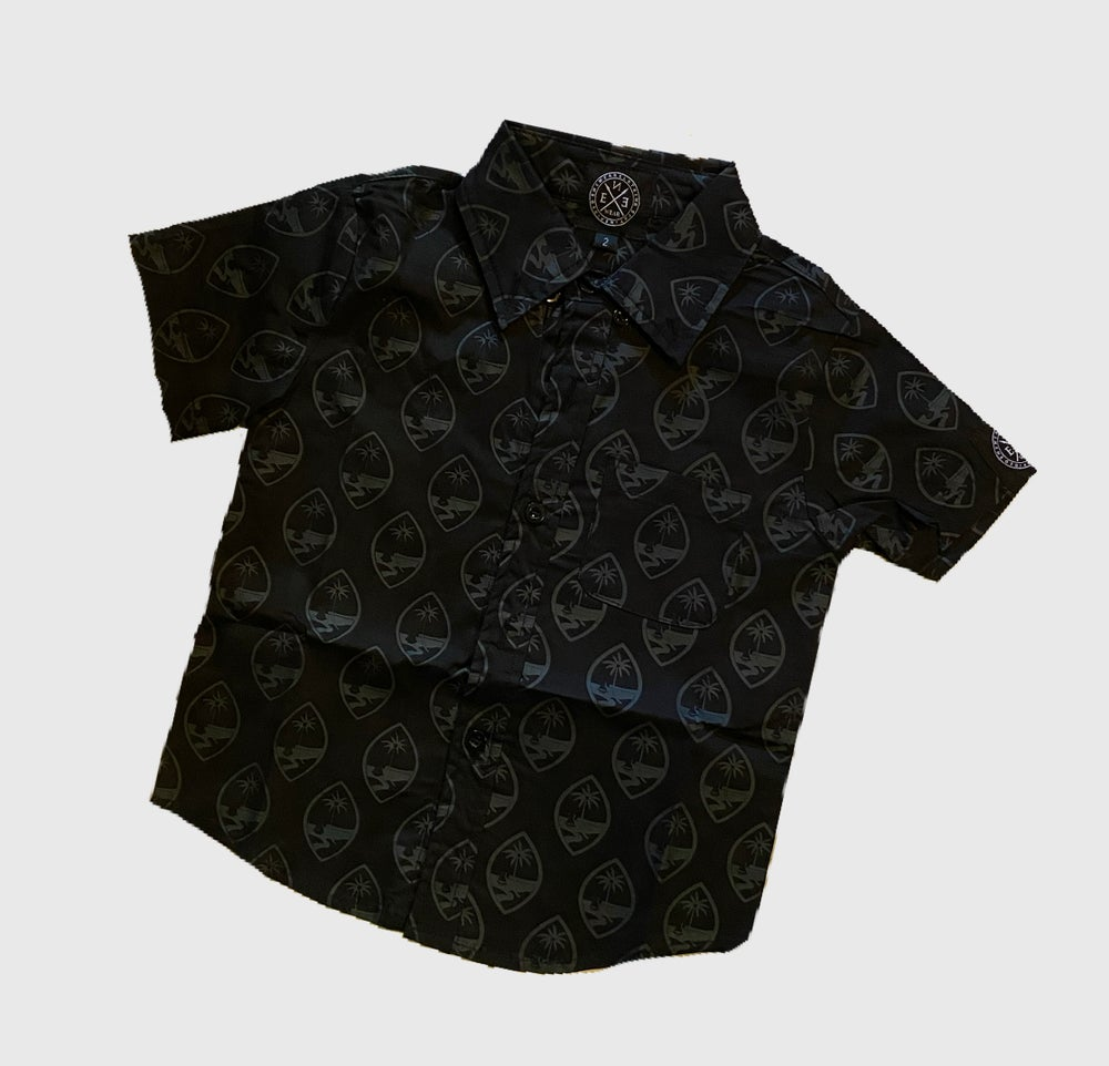 Image of GU SEAL BUTTON UP