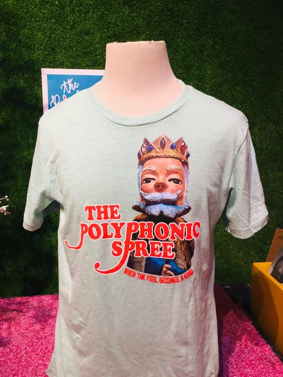 Image of Green adult fool becomes King shirt