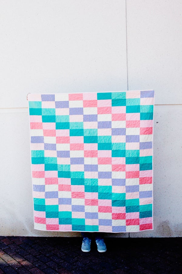 Image of the SUBWAY TILE quilt pattern