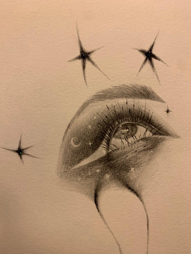 Image of Glitter embellished Galaxy eye