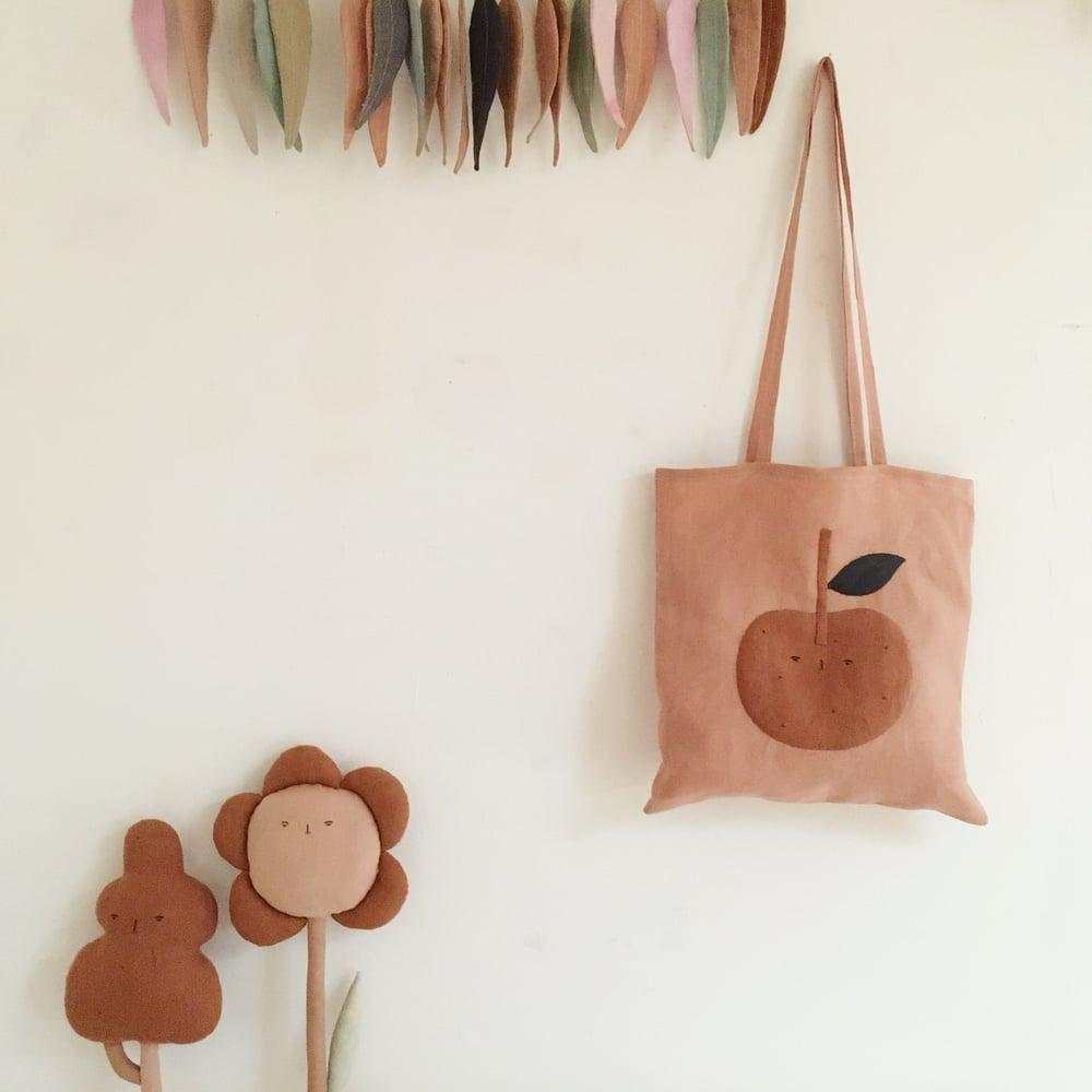 "Image of ""pomme d'automne"""