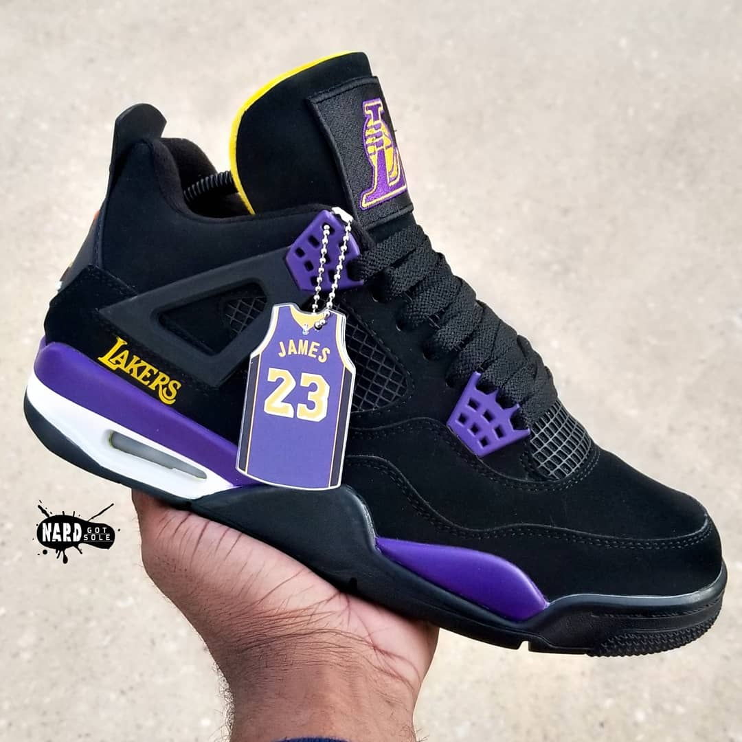 Image of Lakers 4's