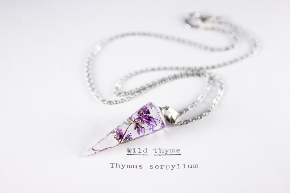 Image of Wild Thyme (Thymus serpyllum) - Conical Pendant #1