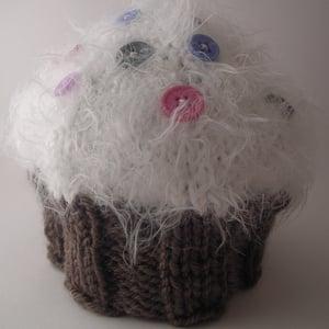 Image of Cupcake Baby Hat Knitting Pattern