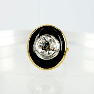Image of pj5727 - 18ct yellow gold onyx and diamond art deco cocktail ring