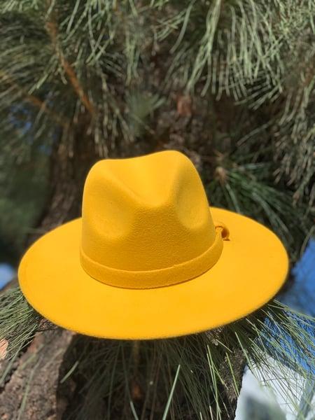 Image of The safo fodora hat - golden