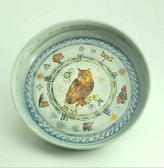 Image of Great Horned Owl with Woodland Friends Small Rimmed Porcelain Platter
