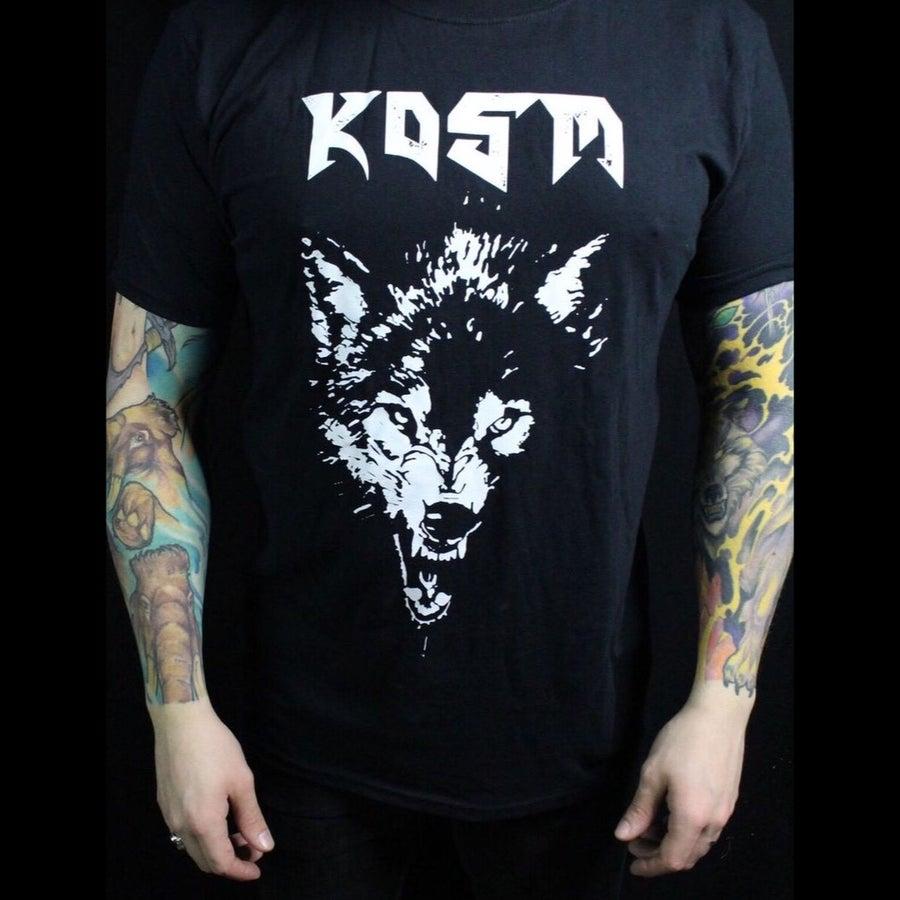 Image of Wolves Upon The Throne T-Shirt