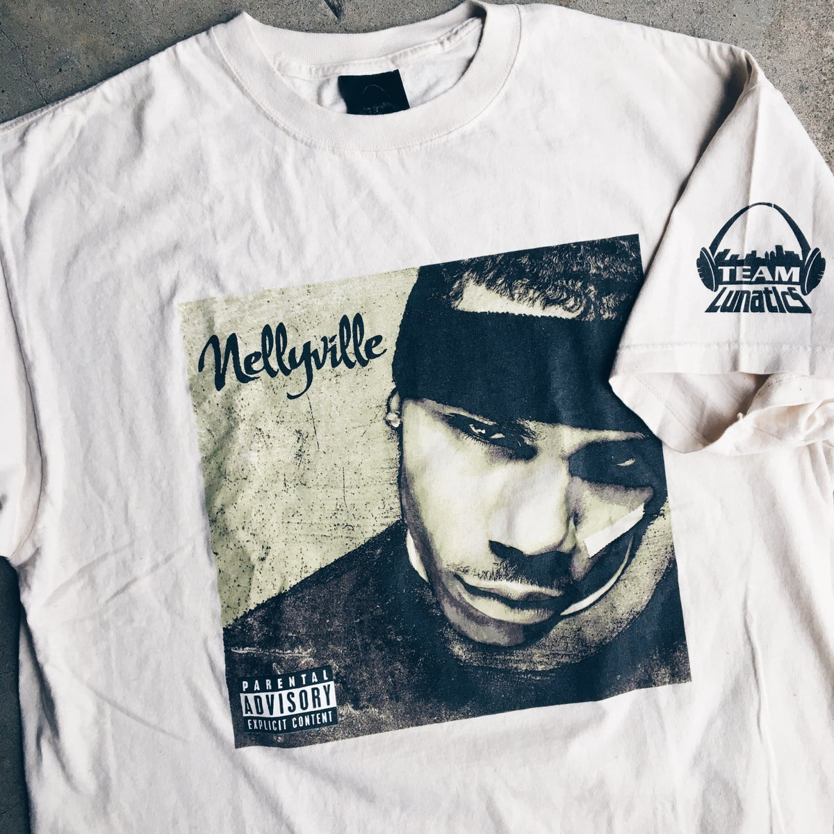 """Image of Original 2002 Nelly """"Nellyville"""" Tee."""