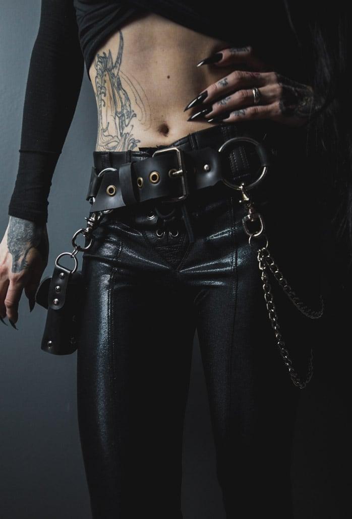 Image of Razor Belt/Bag with Chain