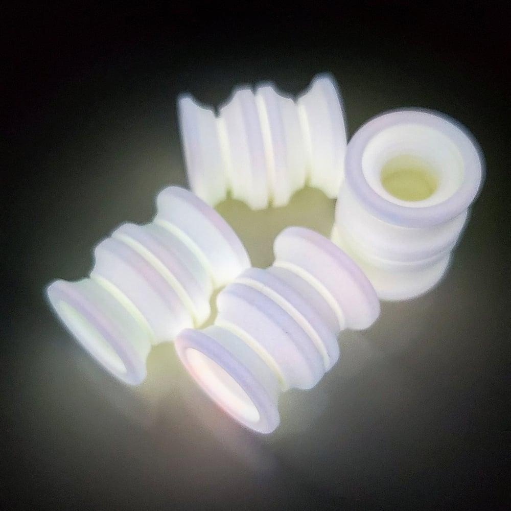 Image of Large White TurboGlow