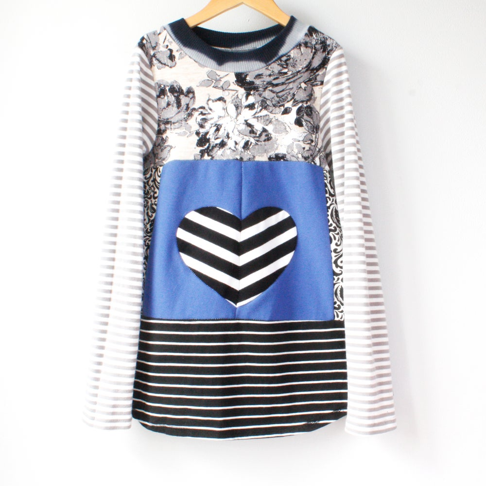 Image of stripe love heart electric blue 8/10 valentines valentine black and white long sleeve shirt top