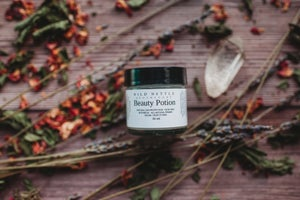 Image of SUN DUST + BEAUTY POTION - BOTANICAL BASED PRIMER + FINISHING DUST