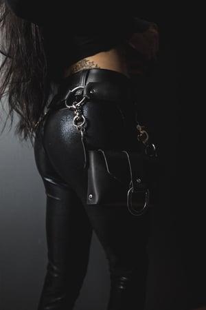 Image of Razor Belt with Bag / Bag Strap
