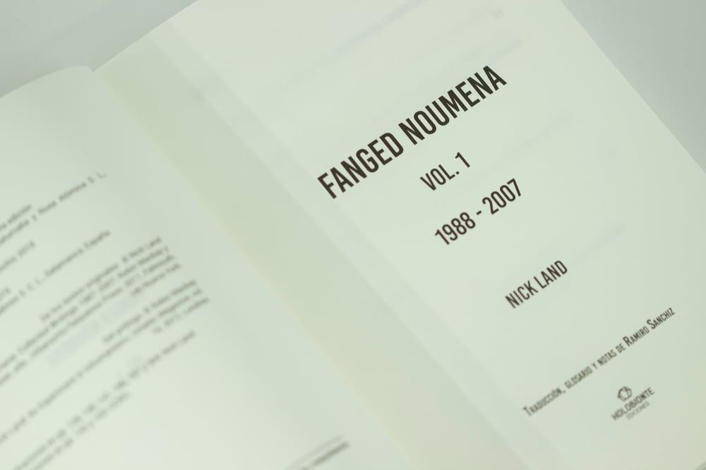 Fanged Noumena Vol. 1 / (castellano)