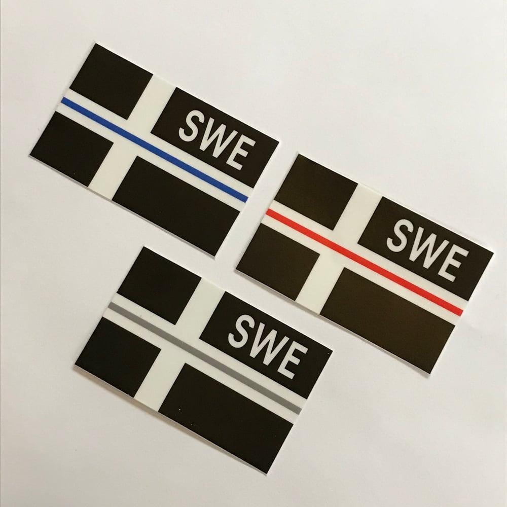 Image of SWE FLAGGA - THIN LINE DEKAL