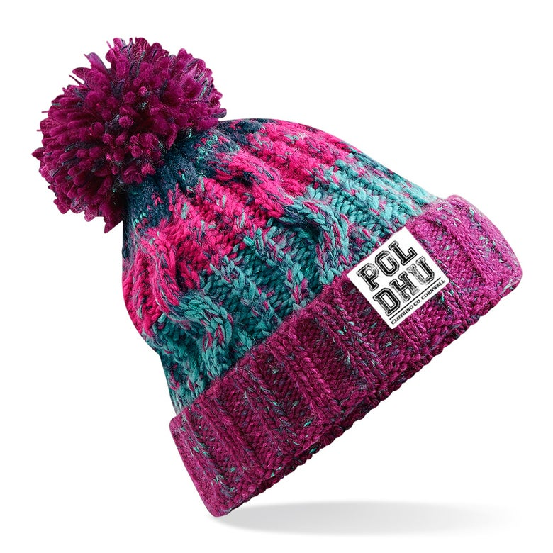 Image of WINTER BERRY BOBBLE HAT