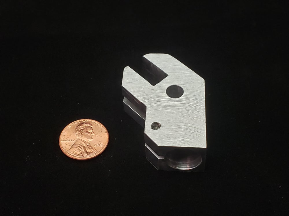 Image of replacement block for 400 size retracts
