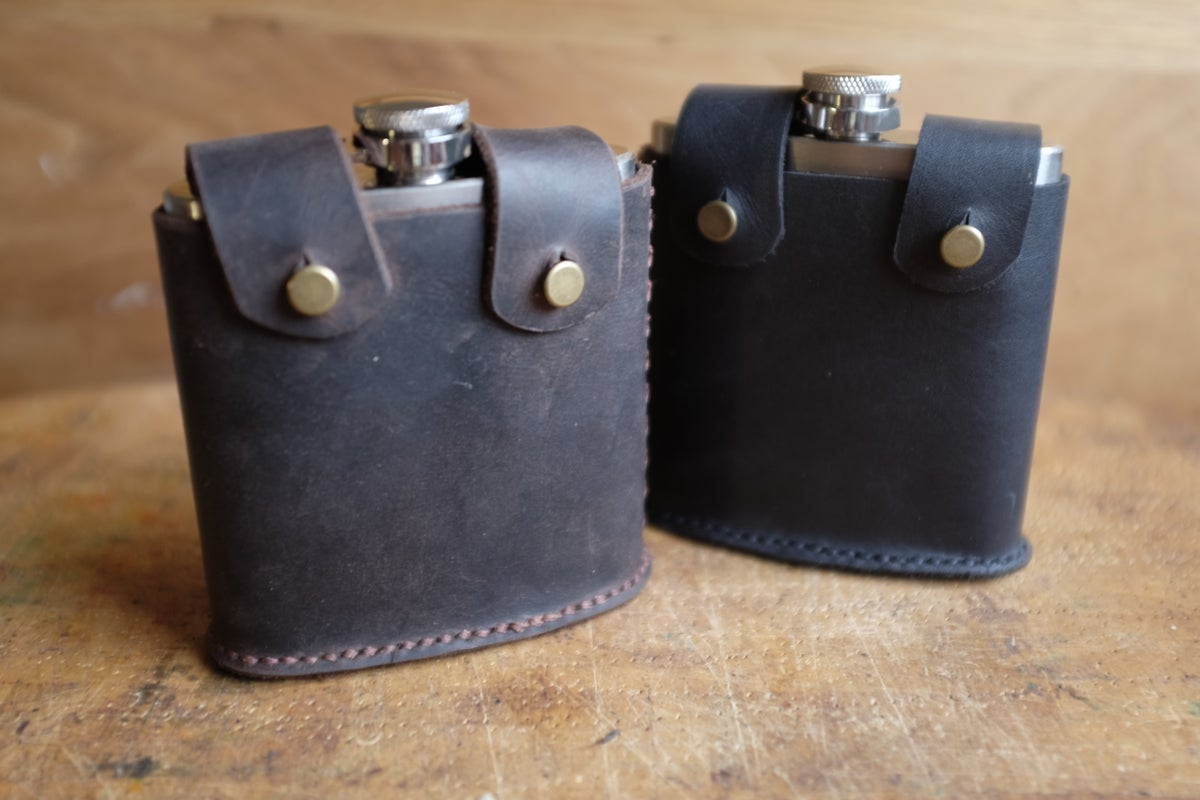 Image of Gärd Hip Flask and Leather Belt Holster