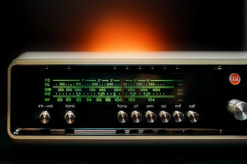 Image of CGE WHITE NIGHT (1973) RADIO VINTAGE BLUETOOTH