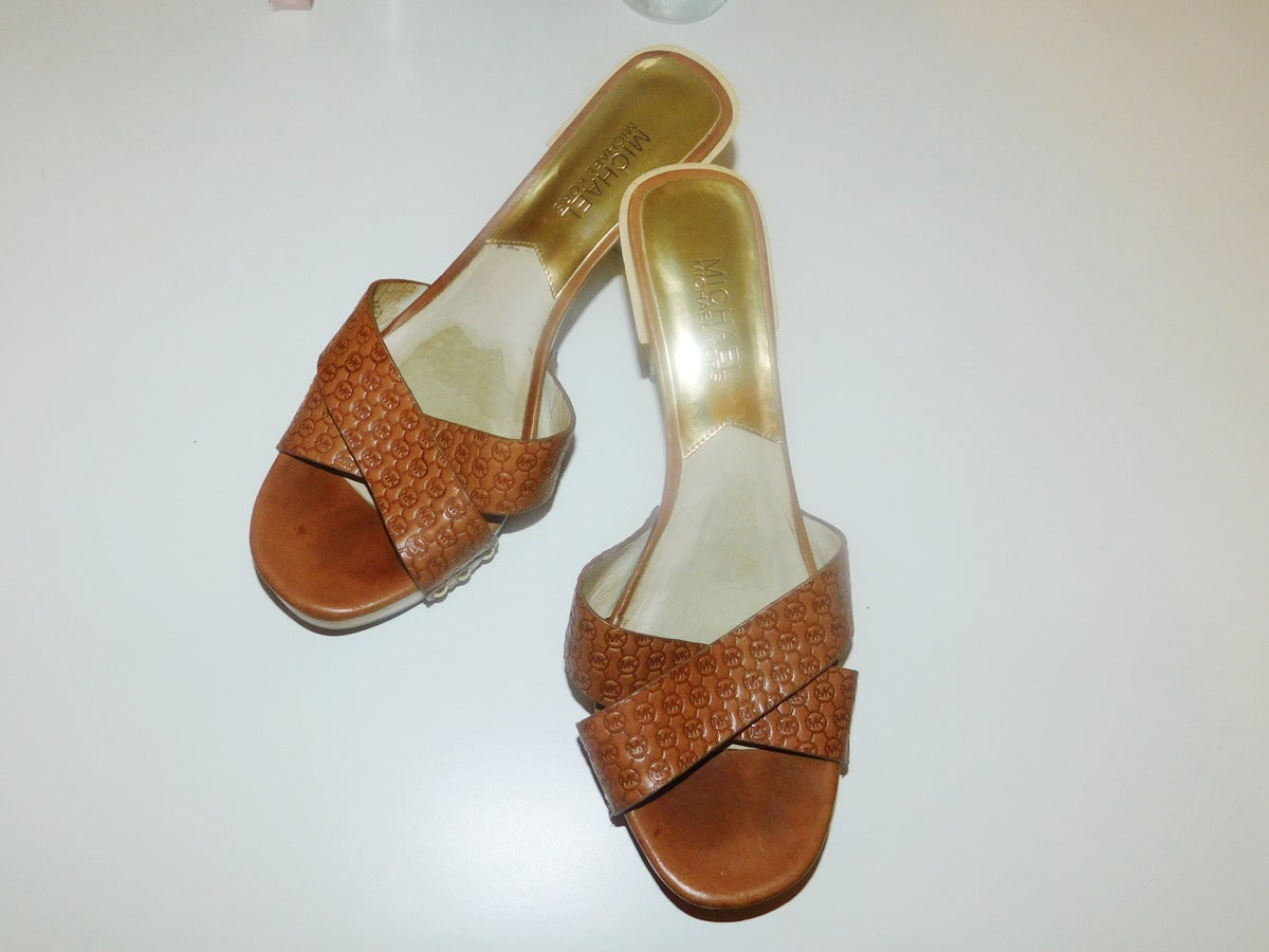 Image of aunty heels