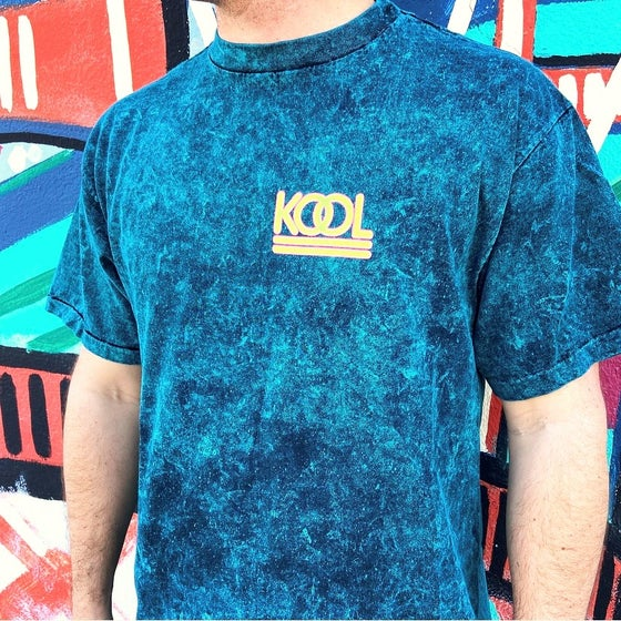 Image of Vintage 1990's KOOL Cigarettes Marbled Print Neon T-Shirt Sz.XL