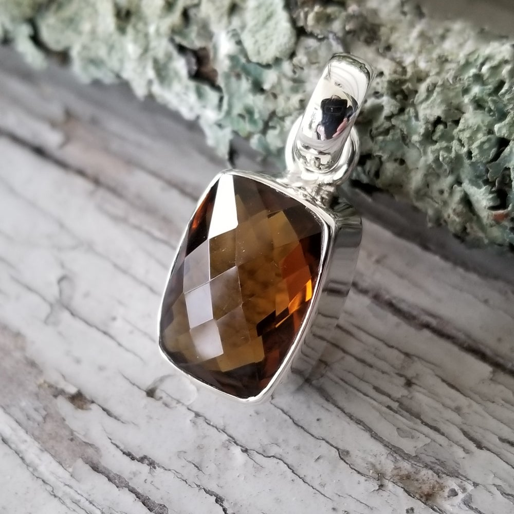 Image of Dunkel Pendant - Hessonite in Sterling