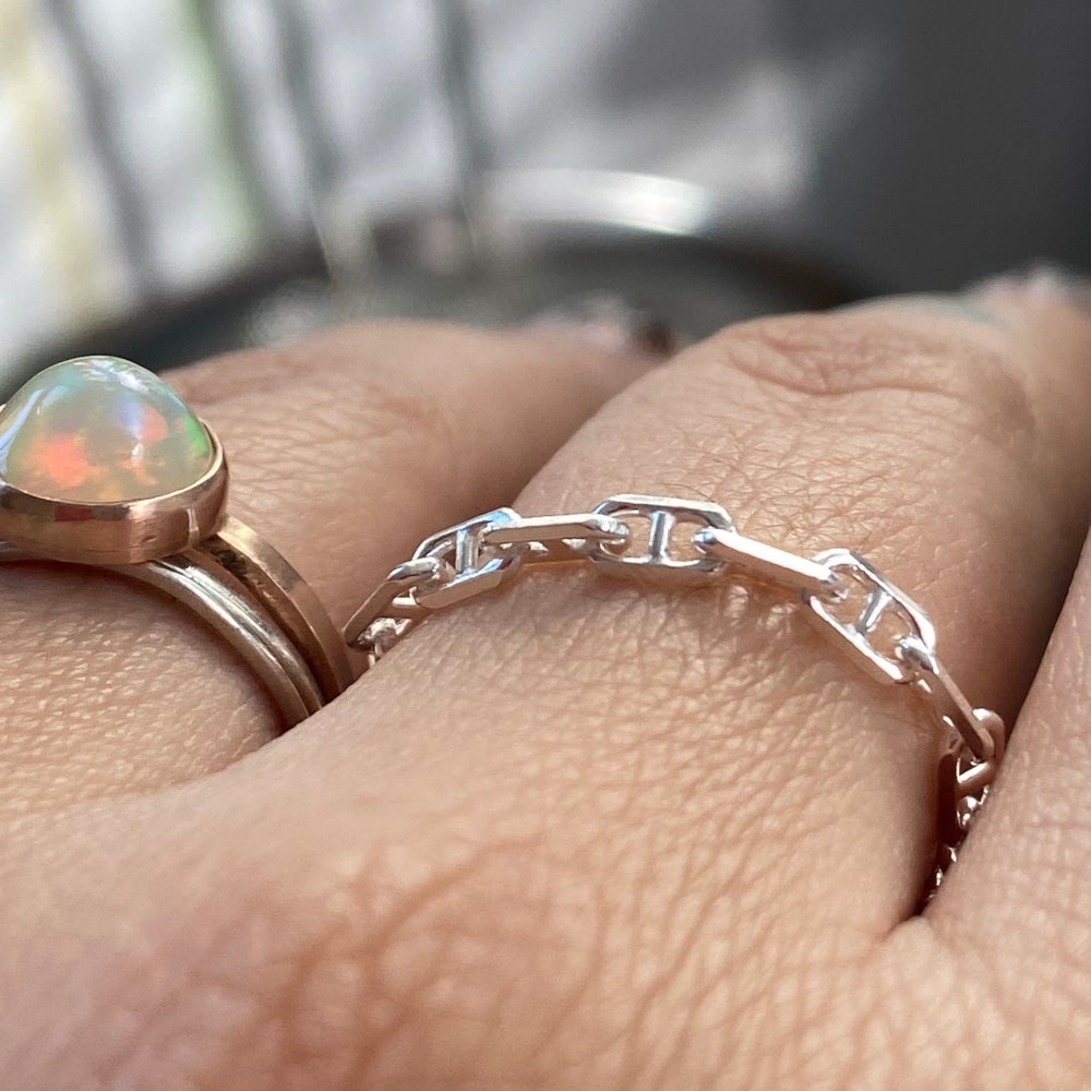 Image of Linked chain ring
