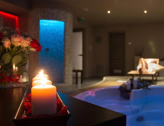 Image of PRIVATE SPA BY NIGHT