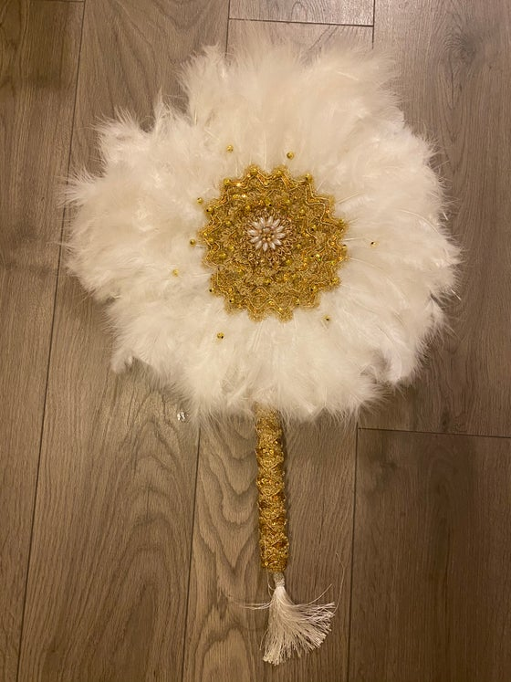 Image of White and Gold Round handfan long handle