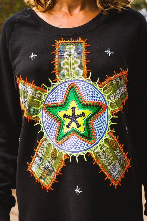 Image of Harmony Star Sweatshirt L