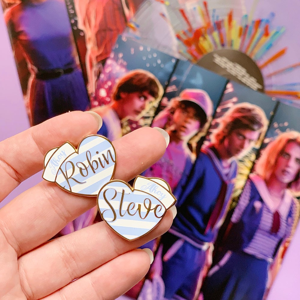 Image of Robin and Steve heart set
